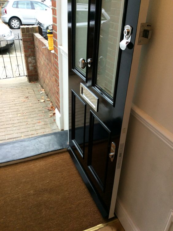 Gloss Doors Black Front Door By Snazzylittlethings Com: A Victorian Four Panel Front Door With A Black Gloss Paint