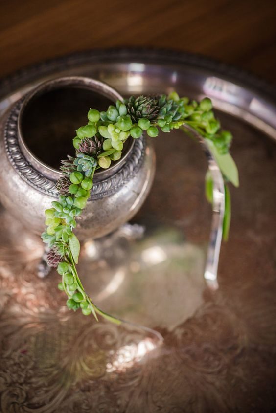 Magnifique couronne faite de vrais plantes par PassionflowerMade: