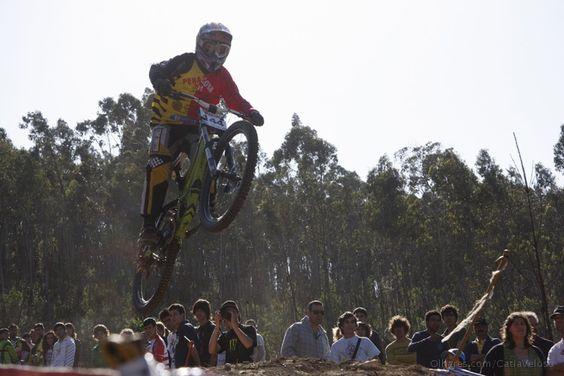 Bike fly (sport)