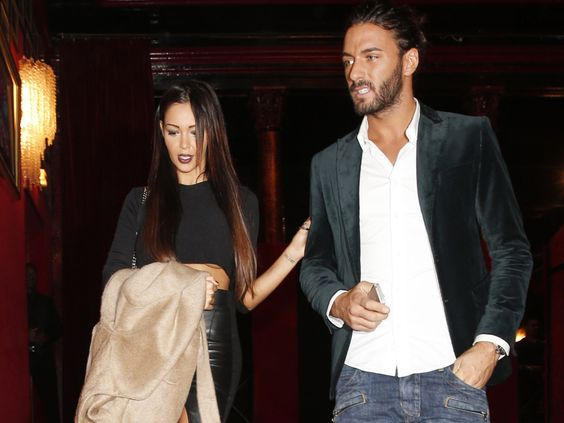 Nabilla et Thomas Vergara : victimes d'un accident de voiture à Aix-en-Provence ! Check more at http://people.webissimo.biz/nabilla-et-thomas-vergara-victimes-dun-accident-de-voiture-a-aix-en-provence/