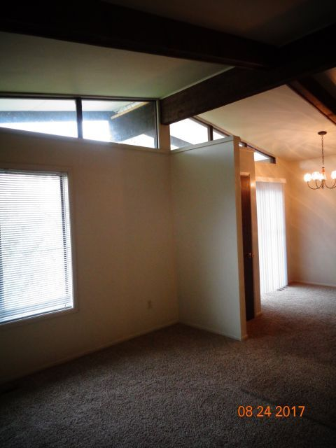 2 Bedroom 1 Bath Apartment Billings Mt Rentals Large 2 Bedroom 1 Bath Unit With Vaulted Ceilings Carport Washer Dryer H Apartments For Rent Apartment House
