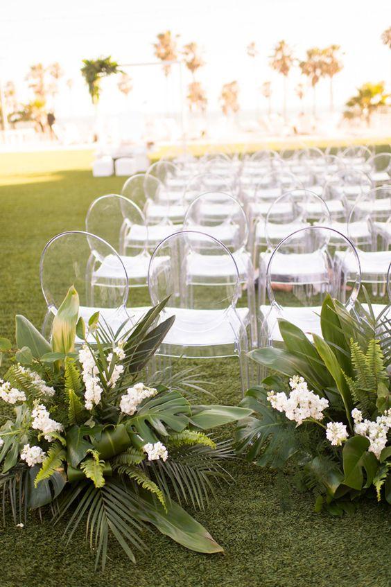 Astonishing Chair Decor to Beautifully Style up Your Wedding, 930a2e60b1eea051115b0b9a3c7b1d9f