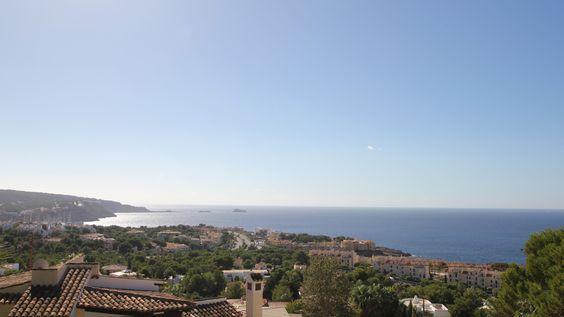 Beeindruckender Meerblick von dieser schönen Villa : http://www.casanova-immobilien-mallorca.com/de/suchergebnis/2351358