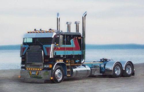 Semitrckn Freightliner Cabover Us Trailer Service Big Trucks Freightliner Trucks Freightliner