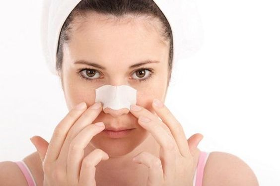 How to make homemade strips to remove blackheads