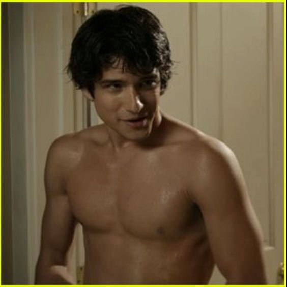 tyler posey as scott mccall yummmmmmm beautiful boys