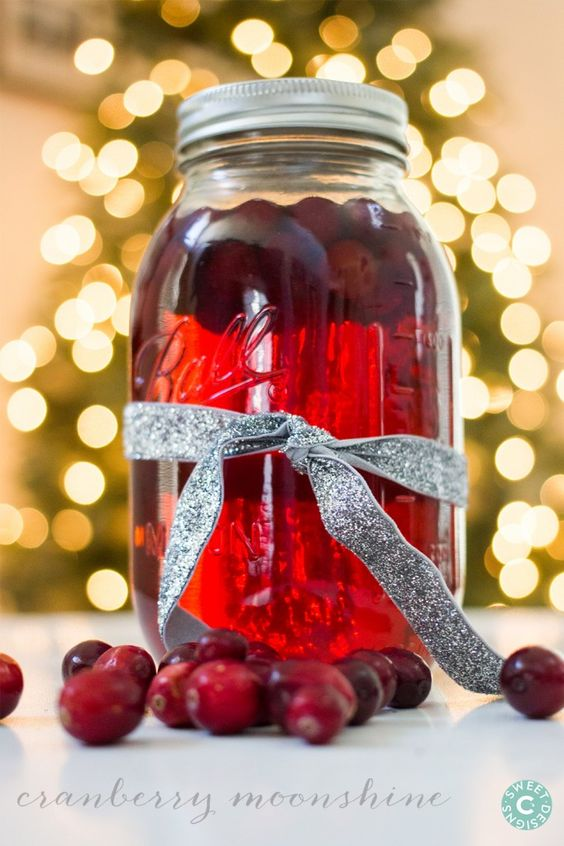 Cranberry moonshine recipe moonshine recipe peach pie for Best alcohol to mix with cranberry juice