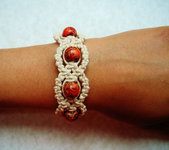 Red Painted Wood Hemp Bracelet.: