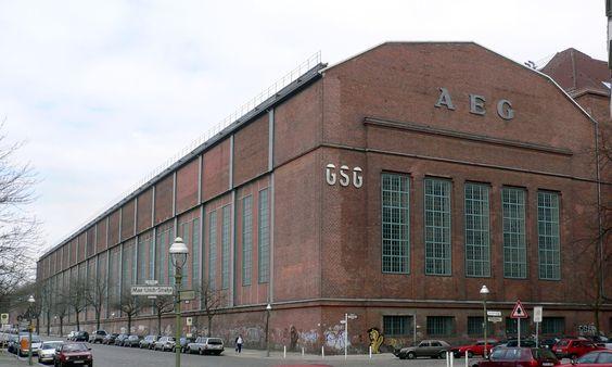 peter-behrens - AEG fabriekshal Berlijn 1912