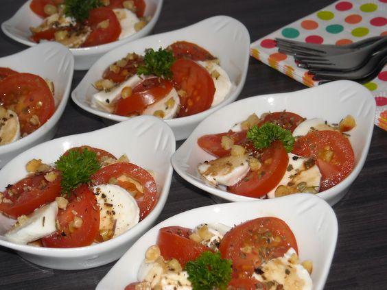 Hapje mozzarella met tomaat