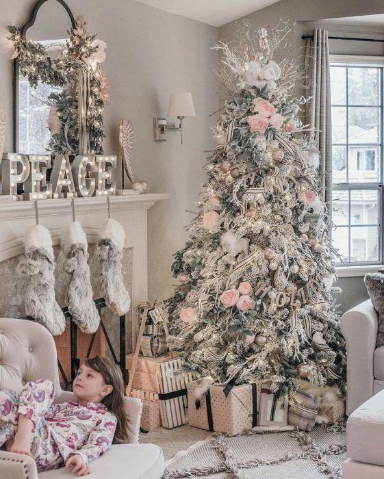 26 Salas con Árbol de Navidad Modernas (2019)