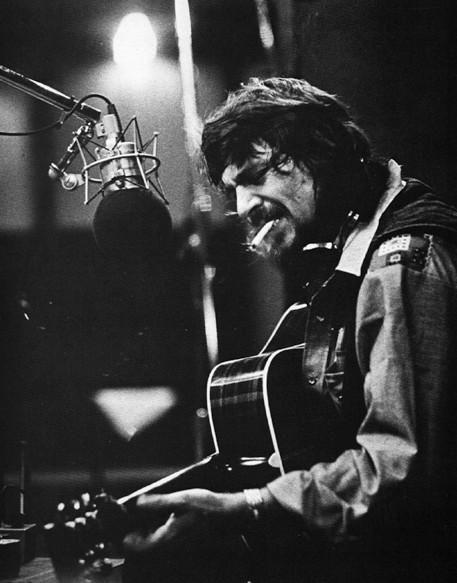 Waylon Jennings, one of the Highway Men, a badass! #waylonjennings #realcountry
