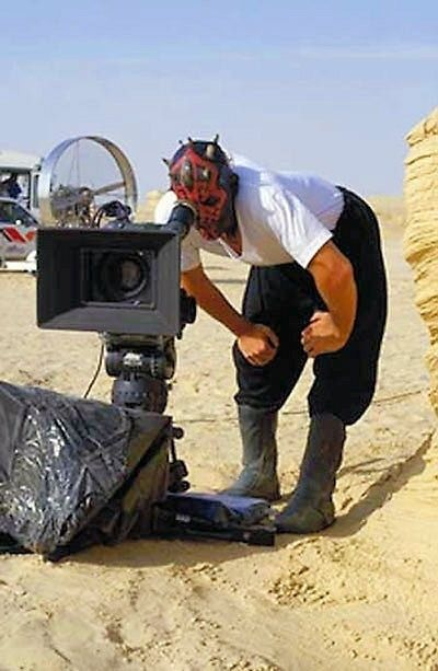 Behind The Scenes>>>>I CAN 100 CONFIRM THAT RAY PARK IS THIS COOL IN PERSON: