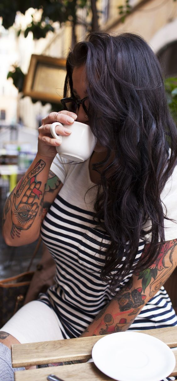 Jockelyn Mae  #dubai #model #brunette #beauty #uae #emirates #tattoed #tattoo #tattoedgirls