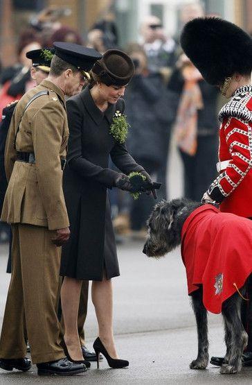 Kate Middleton no último ato oficial antes do nascimento do segundo filho