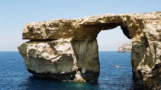 Malta. Blue Window.   Photography by Vinaixa.