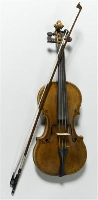 Violin that belonged to Marie Leszczynska, Queen of France (1703-1768):