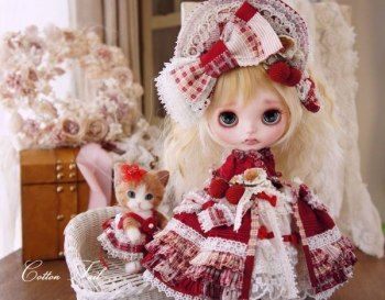 ◆ Cotton Tail ◆ strawberries and kitten Custom Blythe  Buy her here:   #‎blythe #‎blythedolls #‎kawaii #‎cute #‎rinkya #‎japan #‎collectibles #‎neoblythe #‎customblythe