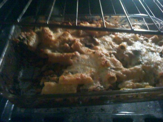 spinach, chicken, pasta casserole... wonderful & easy weeknight meal.