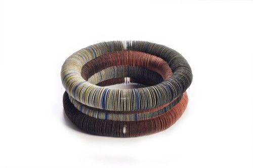 Nel Linssen –  Galerie Marzee - Nel Linssen, bracelet, untitled, 1997: