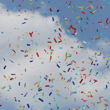 Qui a dit que les confettis devaient être ronds?