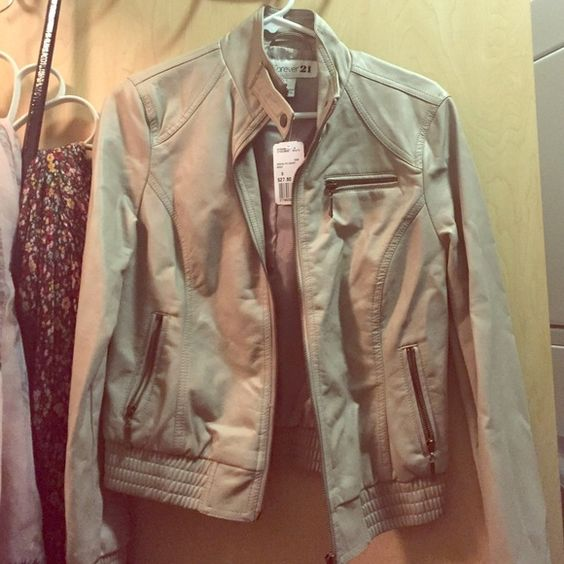 Brand new forever 21 faux leather jacket small New forever 21 beige leather jacket in small Forever 21 Jackets & Coats