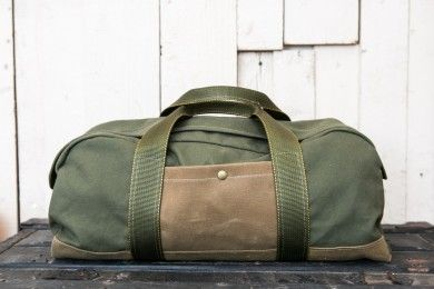 Edison MFG Co. Military Canvas Duffle Bag: