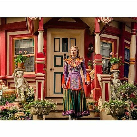 Alice's Mandarin costume: Alice Through the Looking Glass: