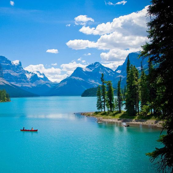 Maligne Lake in Canada: Jasper National, Bucket List, Alberta Canada, Beautiful Places, Amazing Place