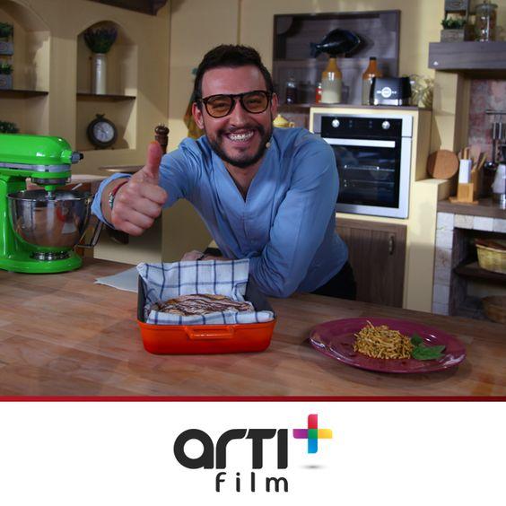İtalyan şef Danilo Zanna ülkesine ait yemek tariflerini Planet Mutfak ekranlarında sizlerle buluşturuyor!