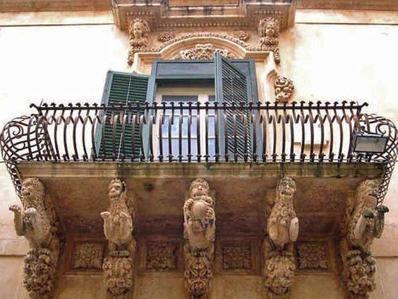 Noto, Palazzo Nicolaci - ItaliaMeravigliosa.org