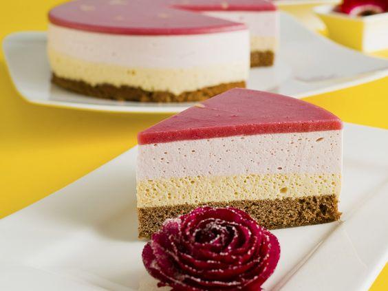 Eierlikörtorte mit Pfirsich - smarter - Zeit: 50 Min. | eatsmarter.de