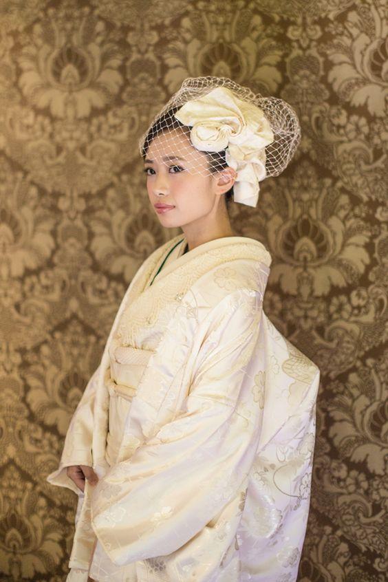 白無垢の洋風アレンジスタイル。髪飾りはオリジナル。 【縁-enishi-】