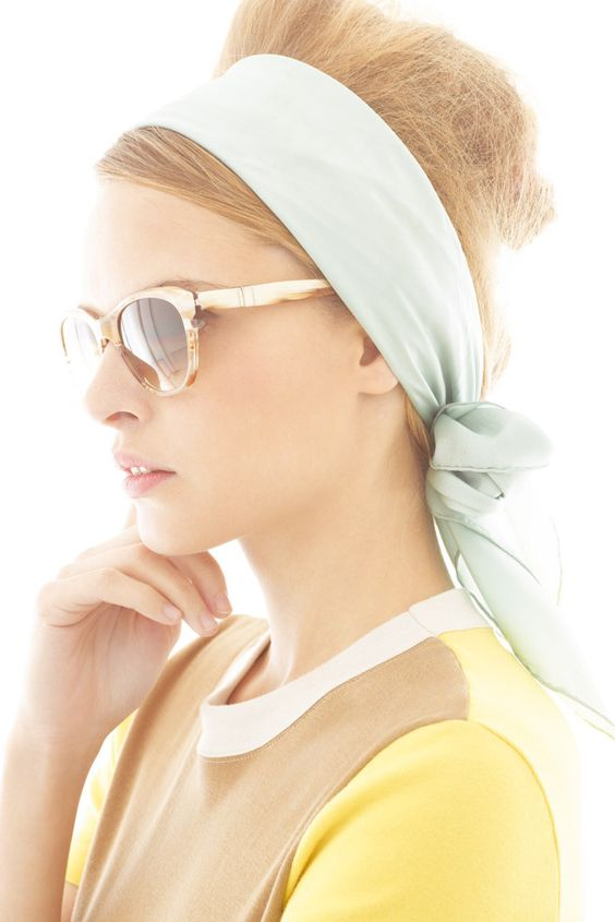 Una opción muy práctica pasa por utilizar nuestros pañuelos a modo de turbantes o diademas para cubrir la cabeza.