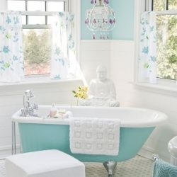 Get inspired to use aqua tones with these gorgeous rooms.