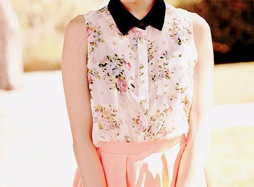 floral + pastel + peter pan collar. perfect.
