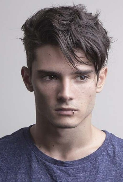23 Trendy Haircuts For Men 2019 Pics Bucket Short Hair With Layers Haircuts For Men Mens Hairstyles Short