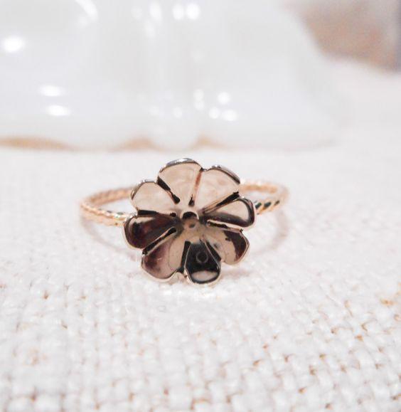 Golden Fleurette Ring // Solid 14k Gold