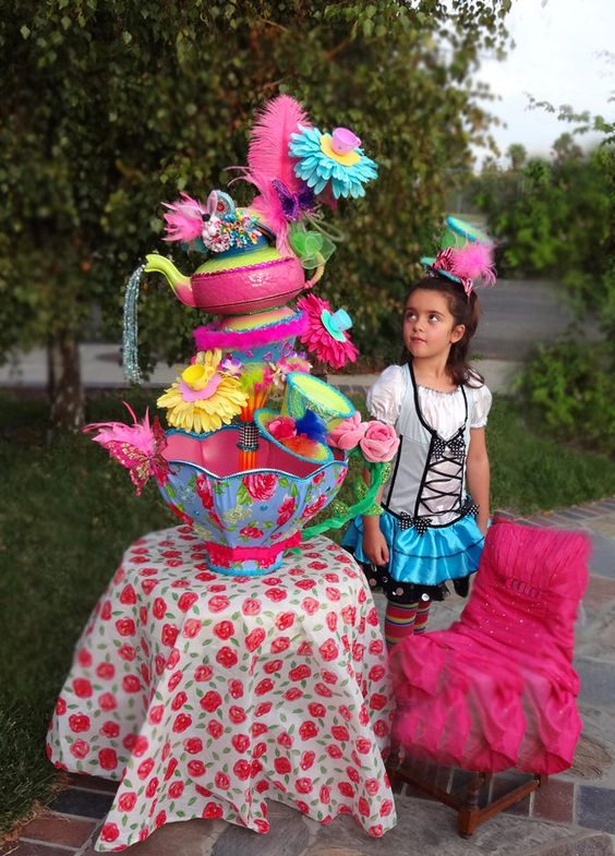 Giant 2 3 foot tall flamingo mad hatter tea party for Mad hatter party props