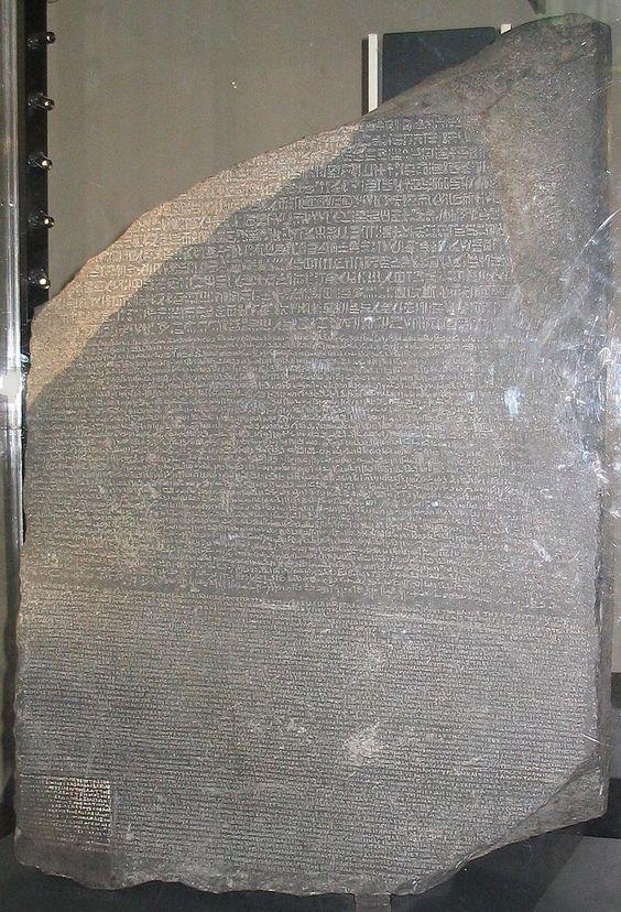 La pierre de Rosette est un fragment de stèle gravée de l'Égypte antique de 112,3 x 75,7 cm, portant trois versions d'un même texte qui a permis le déchiffrement des hiéroglyphes par J.F. Champollion au XIXe siècle. L'inscription qu'elle comporte est un décret promulgué à Memphis par le pharaon Ptolémée V en 196 avant notre ère. Le décret est écrit en deux langues : égyptien ancien et grec ancien, et en trois écritures : égyptien hiéroglyphique, démotique & alphabet grec.