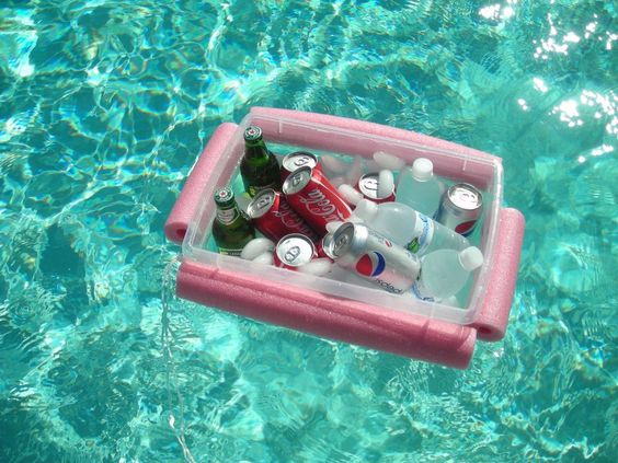 Floating cooler made with 1 noodle, string and a plastic container. @Vickie Covington You need this!!!:
