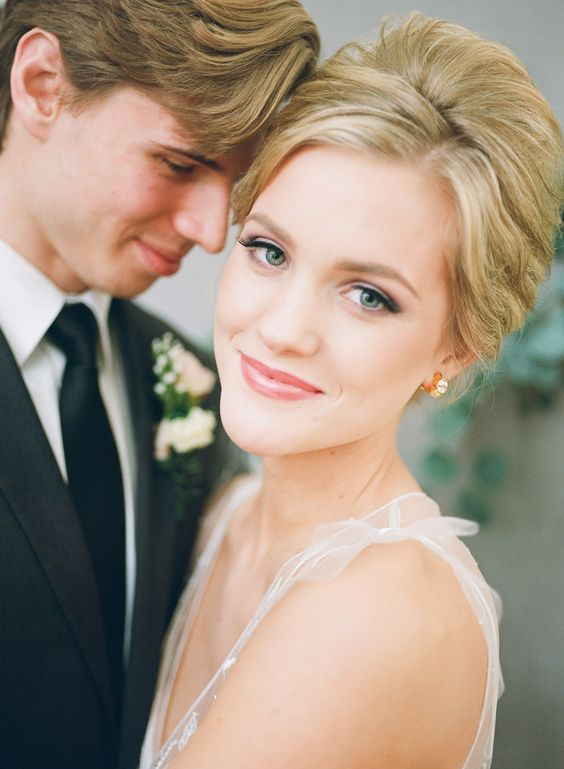 All Day Makeup For Wedding : Recreate the Prettiest Bridal Beauty Looks Cas, Little ...