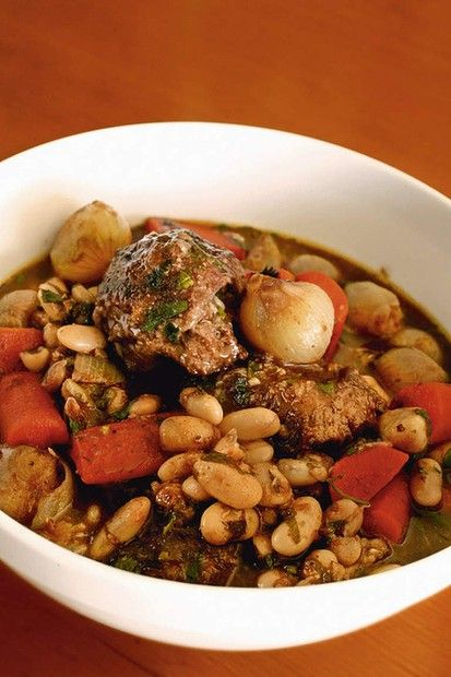 Braised beef cheeks with cannellini beans