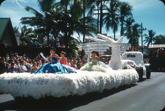 Debutantes at Aloha Week Parade — 1960