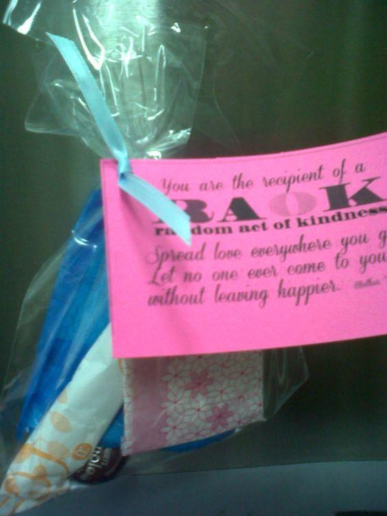 Preppy Pink Crocodile: 35 Random Acts Of Kindness