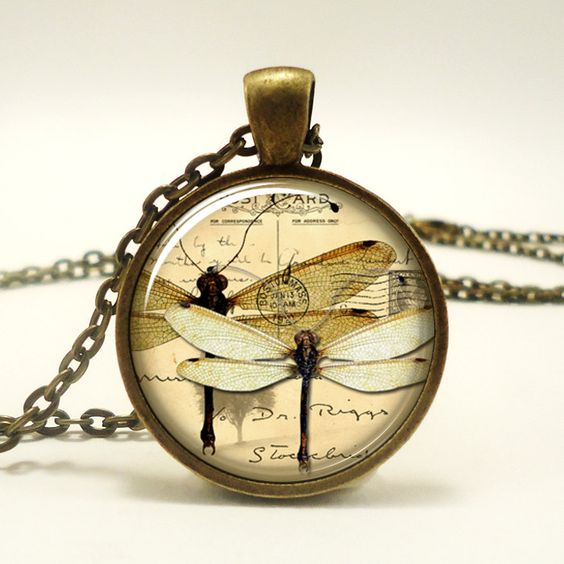 Dragon Fly Necklace, Vintage Style Jewelry, Cute Dragonfly Pendant, Bronze (0433B1IN). $14.45, via Etsy.