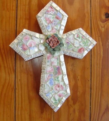 Love this! Mosaic cross Elegant