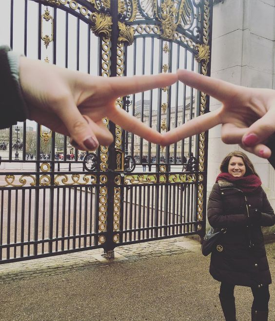 Sister Madison visits Buckingham Palace with some sisters in London over their spring break! by adpi_wagner