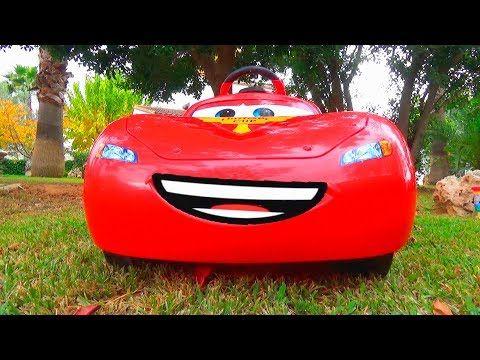 دورية المخلب سيارة حمراء عالقة في الوحل ركوب على عجلة السلطة Youtube Sports Car Car Vehicles