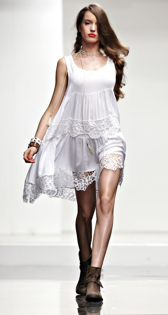 TWIN-SET Beachwear collection: Flounces dress with embroidered lace and low biker boots with stud